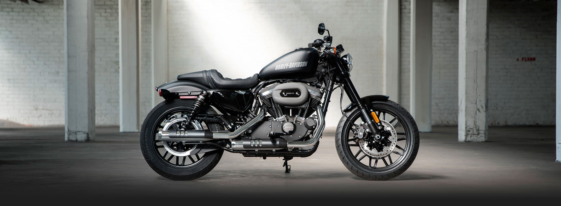 Uma Harley Davidson é um símbolo de liberdade porque existe uma cultura ao redor da marca Harley Davidson.