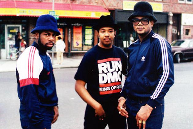 O movimento hip hop nos Estados Unidos deu um novo significado à Adidas, construindo uma cultura de marca nova.